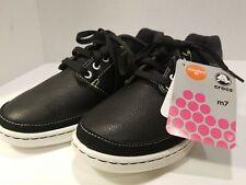 Crocs Shoes Black & White. Mens 7.