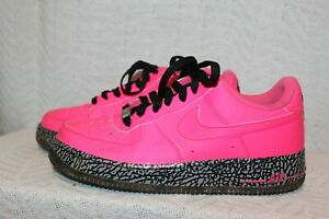 Youth Size 7 Y Nike Air Force 1 GS Hyper Pink/Black Low Top Sneakers 596728-608