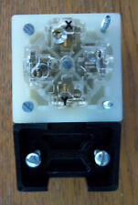 HUBBELL HBL8411C 20 Amp 120/250 Volt Straight Blade Plug 3 P 4 W 14-20P 8411C