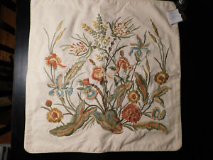 """NEW Pottery Barn Botanical Louissa Crewel Embroidered Floral Pillow Cover 24"""" Sq"""