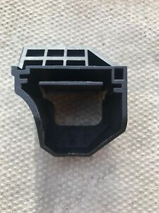 NEW BMW 1 SERIES E87 04-11 COOLING RADIATOR SUPPORT BRACKET 17 11 7 526 4439