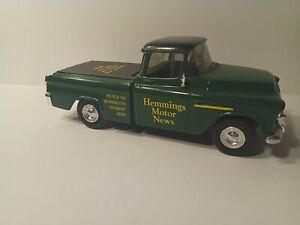 ERTL 0667 1955 Chevy Cameo Pickup Truck Hemmings Motor News Coin Bank green/yell