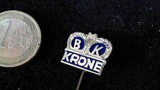 BK Krone Anstecknadel Logo Emblem kein Pin Badge blau gold Landmaschine Traktor