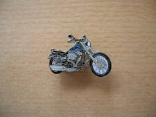 Pin Anstecker Harley Davidson Wide Glide blau blue Modell 2012 Chopper Art. 1171