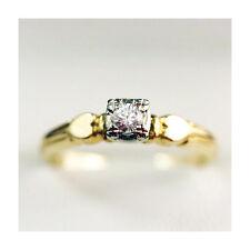 Vintage 14k Gold G VS2 Brilliant cut Diamond Engagement ring lovely heart detail