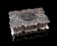 Antique silver snuff box, engraved, Deakin and Francis, Edwardian