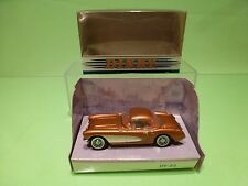 DINKY TOYS DY23B CHEVROLET CORVETTE 1956 - COPPER 1:43 - GOOD IN BOX
