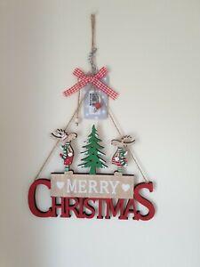 WOODEN MERRY CHRISTMAS RAINDEER HANGING SIGN PLAQUE DECORATION
