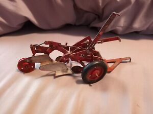 Vintage International Harvester Double Bottom Plow Toy