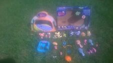Lot of 10 Littlest Pet Shop Figures 15 Accessories Light Up Dome Athletic Field