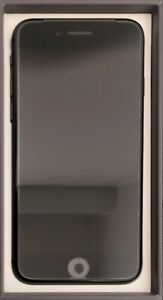Apple iPhone 8 64GB Unlocked Smartphone - Space Gray (A1905)