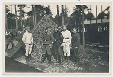 Foto Soldaten Luftwaffe vor Tarnzelt  2.WK   (L227)