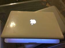 "White Apple MacBook 13"" Laptop Unibody 2.4Ghz 8GB Ram 500GB Drive VGC Working"
