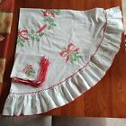 """Cross Stitch Oval Tabletop Cloth w Napkins Red Green Christmas Vintage 58"""" x 56"""""""