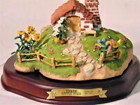 WDCC: Enchanted Places - 3 Little Pigs set of 3 Cottages - Boxes & COAs
