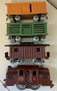 Lionel Mojave No. 38 Locomotive - 113 Cattle Car, 114 Box Car, 117 Caboose