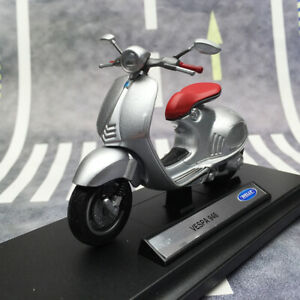 WELLY 1:18 Scale VESPA 946 2014 Scooter Diecast Motorcycle Model Bike Collection
