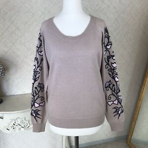 Max&co sweater with embroidery size M