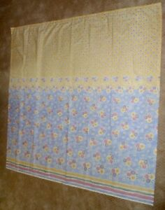 CROSCILL *ALOUETTE* SHOWER CURTAIN - BLUE BACKGROUND w/PASTEL DAISIES