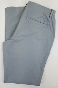 Under Armour Men's Golf Pants Gray Flat Front Loose Fit Size 36x34.  B35