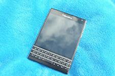 BlackBerry Passport - Black 32gb 13mp unlocked good condition