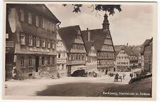 Backnang, Marktstr. m. Rathaus, Gasthaus Löwen und Apotheke, Foto AK  um 1935