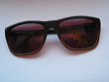 New Unisex Sunglasses with UV Protection 8784