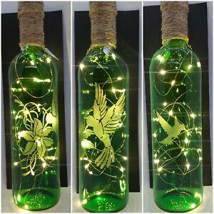 HUMMING BIRD, FLOWER. GREEN HAND ETCHED BOTTLE, LIGHT UP BOTTLE USB MAINS LIGHTS
