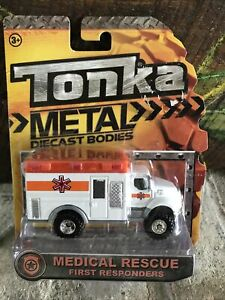 Tonka Metal Diecast First Responders Ambulance Medical Rescue 56405 Fire Truck