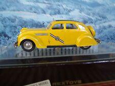 1/43  Rextoys (Portugal) Chrysler airflow Taxi 1935