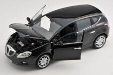 Spedizione LAMPO Lancia Delta dal 2008 NERO/BLACK 1:24 Welly Modello Auto Nuovo