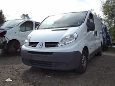 renault trafic 2010 front end breaking-spares parts 2.0l m9r breaking (wheel)