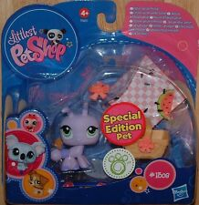 Littlest Pet Shop SPECIAL EDITION LILAC ANT #1308