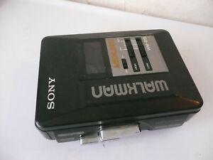 SONY WALKMAN  B15 CASSETTE PLAYER. MEGA BASS