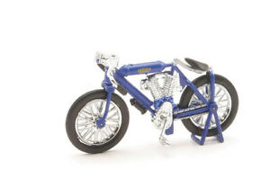 Indian Twin Racer (1908) in Blue (1:32 scale by New-Ray Toys 06063K)