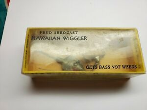 Vintage Spinning  Hawaiian Wiggler Antique Fishing Lure Fred Arbogast 1/2 Ounce
