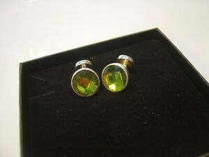 """INCREDIBLE SOLID SILVER CUFF LINKS -GENUINE GREEN CRYSTAL-DESIGNER""""SEVEN""""-QUALIT"""