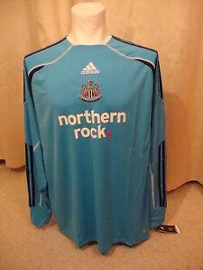 Newcastle 2009 - 2010 Home Goalkeeper Shirt by Adidas BNWT (S)