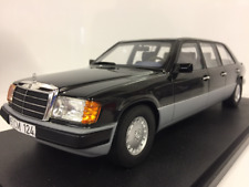 Mercedes Benz W124 Lang 1990 Nero 1:18 Cult Scale Models CML012-1