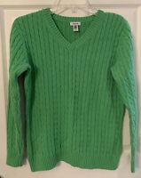 Izod Womens  Sweater Cable Knit V Neck Long Sleeve Size Medium Green Prep EUC!