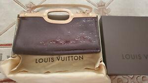 LOUIS VUITTON Roxbury Drive Monogram Vernis Shoulder Bag Amarante - Box, Cover