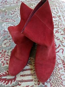 Isabel Marant red suede ankle boots 39