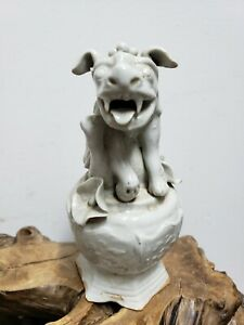 Old Chinese White Porcelain Foo Dog Statue