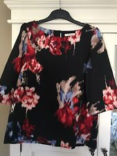 Ladies Floral Top By Amazing Size M/L