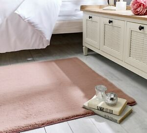 Emelia Bergen Super Soft Non-Slip Faux Fur Blush Pink Rug in various sizes