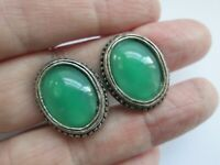 Vintage Miracle Scottish Celtic Silver Tone Emerald Glass Oval Clip On Earrings