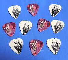 10 NEW HANNAH MONTANA MILEY CYRUS MEDIUM GUITAR PICKS