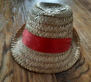 Chapeau de poupée ancien paille au ruban rouge