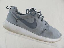 057139acd67f Nike Gray Athletic Shoes Nike Roshe for Men