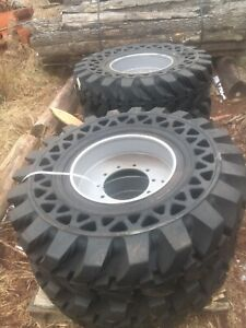Solid Air 14.00 - 24 Telehandler Tires W/ Rims Set Of 4 14.00-24 2 Left Right